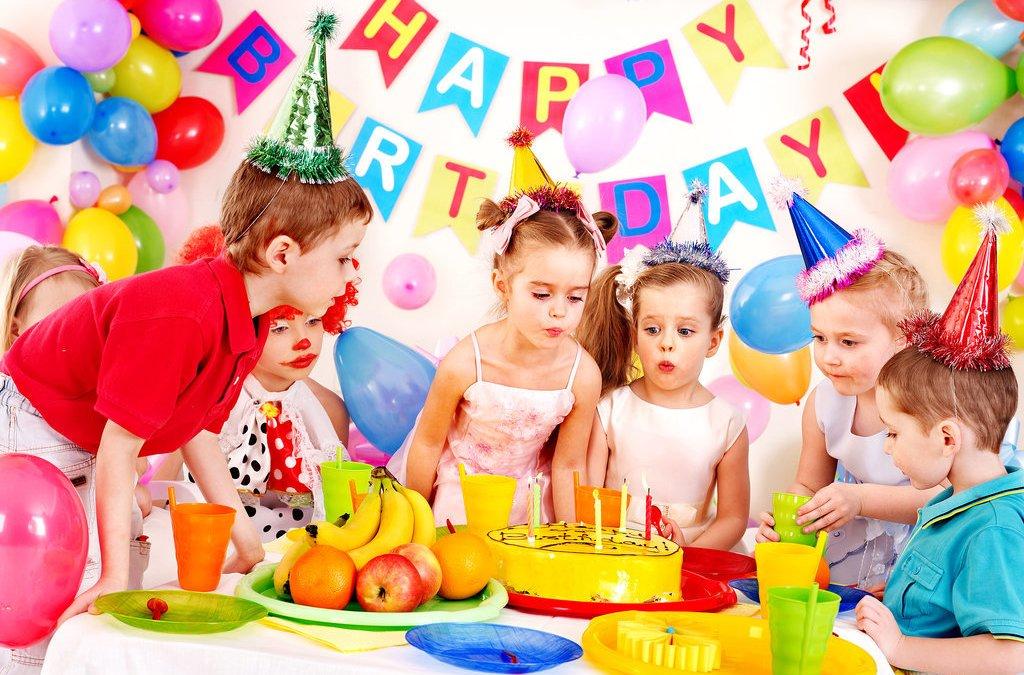 วิธีการวางแผนสำหรับงานเลี้ยงวันเกิดของเด็ก